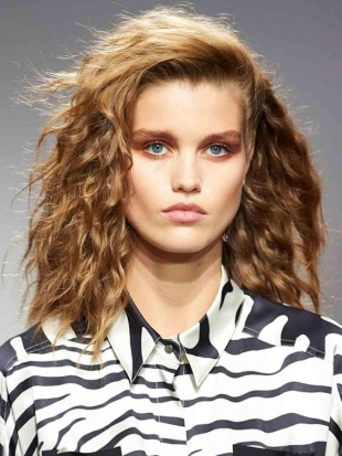 80s beauty trends that are staging a comeback in 2017